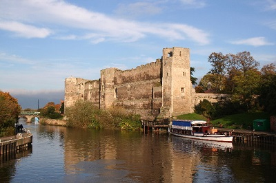 Newark Castle Copyright Richard Croft and licensed for reuse under this Creative Commons Licence.